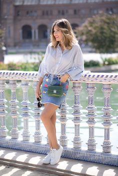 PLAZA ESPANA Mi Aventura Con La Moda Light Blue Shirt Denim Skirt With