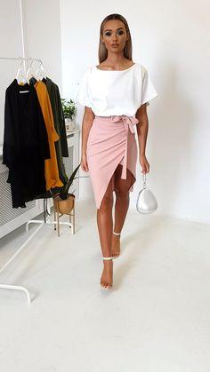 Toni Tie Waist Batwing Midi Dress at ikrush Summer Dress Outfits, Casual Summer Dresses, Modest Dresses, Sexy Dresses, Spring Outfits, Short Dresses, Fashion Dresses, Midi Dress Outfit, Mode Outfits