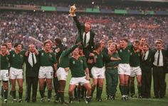 Nelson mandela and south africa s 1995 rugby world cup francois pienaar says world cup winning springboks rugby world cup 2019 rugbyworldcup pole to host 2023 rugby world cupRugby World. News South Africa, South Africa Rugby, World Cup Teams, Rugby World Cup, Nelson Mandela, Liverpool Wallpapers, All Blacks Rugby, World Cup Winners