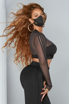 Beyonce Et Jay Z, Queen Bee Beyonce, Beyonce Body, Beyonce Coachella, Beyonce Knowles Carter, Beyonce Style, Cardi B Pics, Celebs, Celebrities