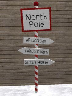 North Pole Sign Post - Christmas Decoration/Candy Cane/Santa/Elf