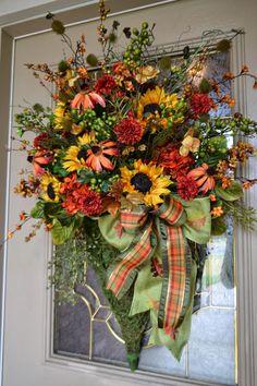 Inspiration Fall floral arrangement - Kristen's Creations: Fall House Tour