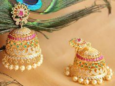 Gold Jewelry For Wedding Key: 9319617789 Gold Jhumka Earrings, Gold Earrings Designs, Gold Jewellery Design, Gold Jewelry, Jumka Earrings, Gold Designs, Jewelry Shop, Diamond Jewelry, India Jewelry