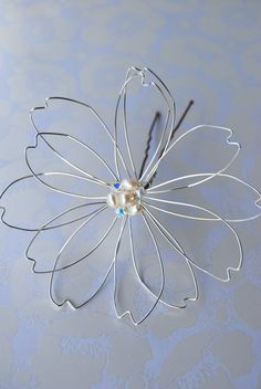 Large Wire Flower Hair Piece