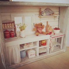 #miniature#miniture#dollhouse#teddybear#kitchen#ミニチュア#ドールハウス#キッチン#シャビーシック#手作り#テディベア#羊毛フェルト  finished!!! 完成しました!