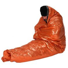 The NDuR Emergency Survival Blanket is made of strong insulating materials that reflects of radiant body heat. This large survival blanket provides emergenc Survival Blanket, Survival Gear, Survival Weapons, Survival Quotes, Survival Knife, Best Tents For Camping, Camping Gear, Learning To Drive, Fishing Accessories