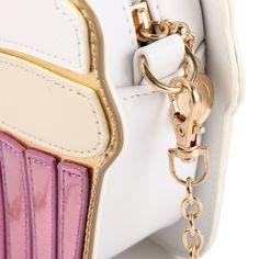 http://gemdivine.com/aequeen-chain-clutch-crossbody-bag-lady-shoulder-bag-girl-cupcake-small-cute-purse-mini-cream-bag-cake-pattern-design-fashion/