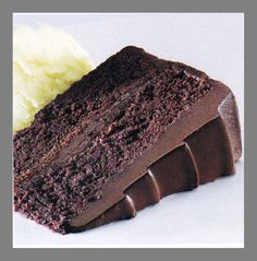 Chocolate Fudge Cake. (1-2/3 c APF,·1 tsp baking soda,·1 tsp salt,·4 oz unsweetened chocolate,·1/2 c water,·1/2 c butter, ·1-3/4 c sugar,·3 eggs,·1 tsp vanilla and ·3/4 c milk.