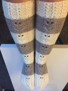 Knitting Socks, Hand Knitting, High Knees, Knee High Socks, Cool Socks, Leg Warmers, Mittens, Autumn Winter Fashion, Needlework