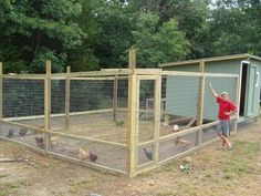 That's smart! Few feet of hardware cloth for predators on the ground & then do the rest in a bigger gap size (cheaper but still predator proof)! Want this for my chicken coop! Easy Chicken Coop, Chicken Pen, Chicken Coup, Chicken Life, Backyard Chicken Coops, Chickens Backyard, Chicken Coop With Run, Small Chicken Coops, Diy Chicken Coop Plans