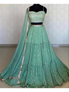 Party Wear Indian Dresses, Indian Gowns Dresses, Dress Indian Style, Indian Fashion Dresses, Indian Wedding Outfits, Indian Designer Outfits, Indian Outfits, Indian Designers, Indian Clothes
