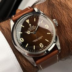 Good morning my friends on the wrist today Rolex reference 1016 circa'64-65 1.38ml mint copper glossy flawless tropical dial, thick untouched case #