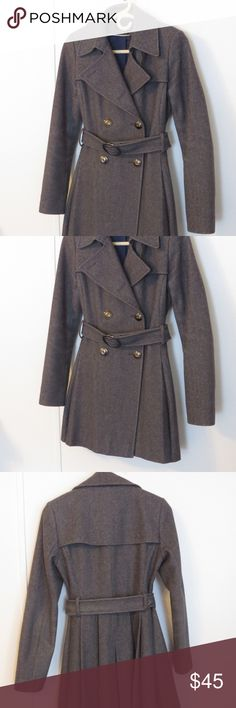 Via Spiga Gray Wool Double Breasted Peacoat Sz 4 Via Spiga Gray Wool Peacoat, Double Breasted Size 4 Very Nice Used Condition  Like other items in my closet?  Make a bundle and I'll send you my best offer! Via Spiga Jackets & Coats Pea Coats