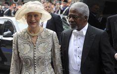 30-abr-13 - Ex- secretário-geral da ONU, Kofi Annan  e sua esposa chegam à cerimônia religiosa de troca de trono real na Holanda