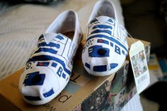 Custom White R2D2 Toms Pick your own quote Perfect by LaurensToms, $75.00