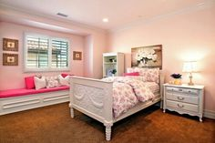 Cute pink bedroom