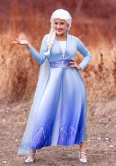 Kristen Bell voiced Anna in Frozen but her daughter wanted her to dress up as Elsa. Find the best Kristen Bell Frozen Elsa costumes for adults and kids Disney Costumes, Couple Halloween Costumes, Cool Costumes, Adult Costumes, Costumes For Women, Costume Ideas, Woman Costumes, Mermaid Costumes, Costumes