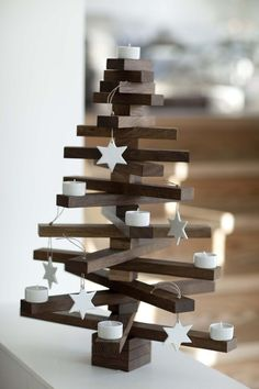 Made of wood... - Beautiful & Original Christmas Tree Idea _ Navidad al norte de Copenhague - #decoracion #homedecor #muebles