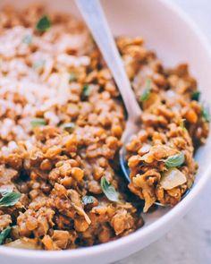 Green Lentil Dahl Recipe, Lentil Curry, Lentil Recipes, Curry Recipes, Vegan Recipes, Instant Pot Pressure Cooker, Pressure Cooker Recipes, Indian Food Recipes, Whole Food Recipes