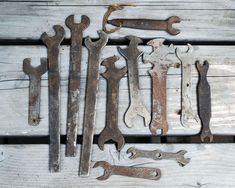 Vintage Wrench Collection, Twelve Hand Tools, Industrial Decor, Antique Rusty Tools, Rustic Home Dec