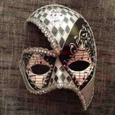 Masque vénitien costume fait main portable par EthnicDrops sur Etsy