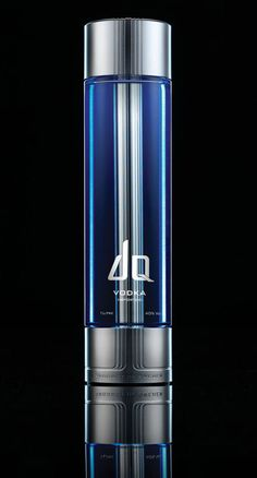 36 Cool & Unique Vodka Bottle Designs #packaging #design http://pop-solutions.tumblr.com