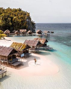 Raja Ampat with Maxi Beach Pictures, Travel Pictures, Travel Photos, Visualisation, Destination Voyage, Island Resort, Ultimate Travel, Tropical Paradise, Island Life