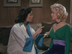 I love Marilyn Monroe's beautiful ensemble and jewelry in this scene of Gentlemen Prefer Blondes!