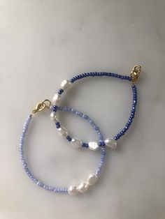 Diy Jewelry Necklace, Bead Jewellery, Cute Jewelry, Beaded Jewelry, Jewelry Accessories, Pearl Bracelets, Freshwater Pearl Bracelet, Homemade Necklaces, Homemade Jewelry