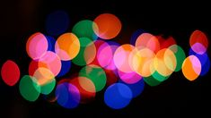 """Quick Tip: 5 Tips for Getting Great """"Bokeh"""" Shots --- really want to use this for my Christmas cards this year..."""