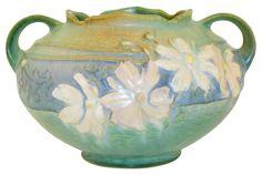 Just Art Pottery Green Bowl, Blue Green, Vintage Pottery, Pottery Art, Roseville Pottery, Arts And Crafts Movement, American Art, Cosmos, Metals
