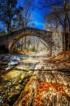 Photograph Pont romànic St Pere de Torello by Ramon Monegal Calduch on 500px