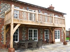 Five Oak Projects House With Balcony, Porch And Balcony, Farmhouse Interior, Interior And Exterior, Kitchen Extension Family Room, Cabin Style Homes, Balcony Design, Balcony Ideas, Bedroom Balcony