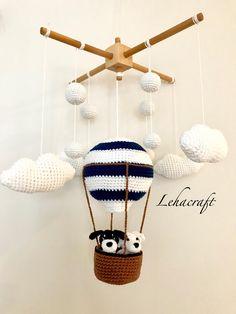 Crochet Baby Mobiles, Crochet Mobile, Crochet Toys, Knit Crochet, Baby Crib Mobile, Baby Cribs, Baby Shower Gifts, Baby Gifts, Crochet Home Decor