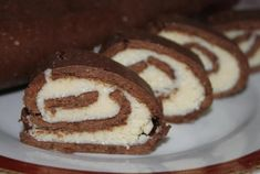 Minutková kakaová roláda s kokosem   NejRecept.cz Pancakes, Cookies, Breakfast, Desserts, Food, Mai, Dessert Ideas, Food Food, Crack Crackers