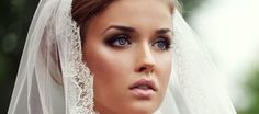 Every bride should look amazing on her wedding day. Avoid these top 10 bridal makeup mistakes and be the flawless bride you've always dreamed you'd be. Best Bridal Makeup, Wedding Makeup Tips, Bridal Hair And Makeup, Wedding Hair And Makeup, Bridal Beauty, Wedding Beauty, Hair Makeup, Eye Makeup, Full Makeup