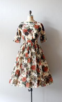 vintage 1950s Bokeh Leaf dress     #fashion #floral #dress #1950s #partydress #vintage #frock #retro #sundress #floralprint #petticoat #romantic #feminine