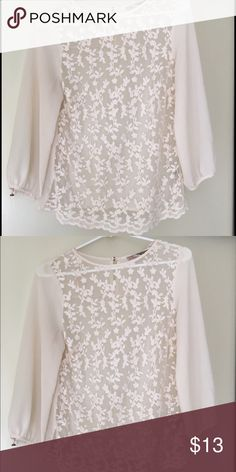 Beautiful light blouse with flowers Long sleeve, super flowy and light. Forever 21 Tops Blouses