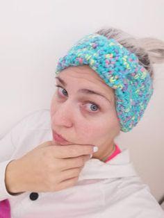 bandorka: Háčkovaná čelenka z Tulip od Vlna-Hep Beanie, Hats, Accessories, Fashion, Moda, Hat, Fashion Styles, Beanies, Fashion Illustrations