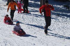 Estación de Tuixent para un fin de semana con niños en la nieve disfrutando de trineo y paseos en raquetas.