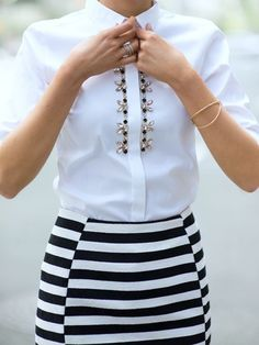 Classy fashion ideas, white jeweled shirt and striped skirt. Perfect office look. Work Fashion, Fashion Details, Diy Fashion, Womens Fashion, Fashion Top, Classy Fashion, Fashion Ideas, Mode Outfits, Chic Outfits