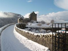 Ten Scottish castles open during the winter - things to do in Scotland
