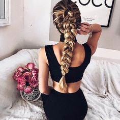 Saturday braidzzz ✨. Thank you @caro_e_ for providing this weekend hair inspo.  Foster healthy hair strength + growth with the assistance of our hydration hair masks and shampoo & conditioner duo.  #hairgamestrong #weekendhaircrush #maneenvy #braidgoals #weekendhairgoals
