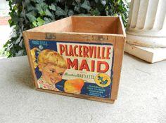 Vintage Bartlett Pears wood shipping box by OhioWoodandIronWorks, $30.00