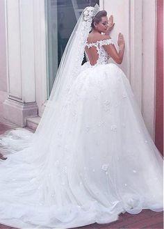 comprar Precioso tul fuera del hombro escote del vestido de bola vestidos de novia con encaje apliques y Listones de descuento en Dressilyme.com