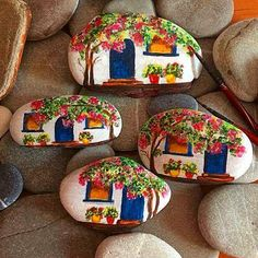 100 Gorgeous DIY Stone, Rock, and Pebble Crafts To Beautify Your Life - Usefull Information - Salvabrani Rock Painting Patterns, Rock Painting Ideas Easy, Rock Painting Designs, Stone Art Painting, Pebble Painting, Pebble Art, Stone Crafts, Rock Crafts, Arts And Crafts