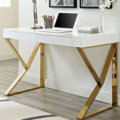 28 the most popular inspiration home office desk ideas 15 — remajacantik Home Office Space, Home Office Desks, Office Furniture, Office Decor, Office Ideas, Furniture Decor, Furniture Design, Bureau Design, Wood Writing Desk