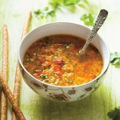 Ricardo& recipes : Lentil and Red Bell Pepper Soup Entree Recipes, Veggie Recipes, Whole Food Recipes, Healthy Recipes, Healthy Soup, Bell Pepper Soup, Stuffed Pepper Soup, Stuffed Peppers, Chowder Recipes