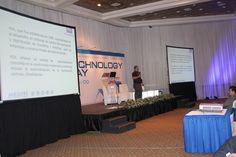 Luis Díaz hizo un fantástico trabajo con la presentación de casas inteligentes durante el  Technology Day.