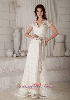 cheap wedding dress in St Polten     wedding gown   bridal gown   bridesmaid dresses  flower girl dresses discount dresses on sale  cocktail dresses beautiful nightclub dresses